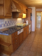 2770.tn-4_kitchen3.jpg